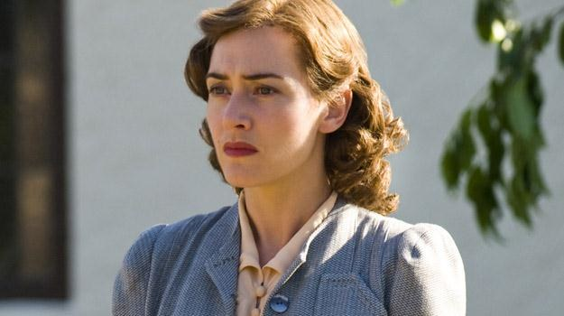 "Kate Winslet w filmie ""Mildred Pirce"" /The New York Times"