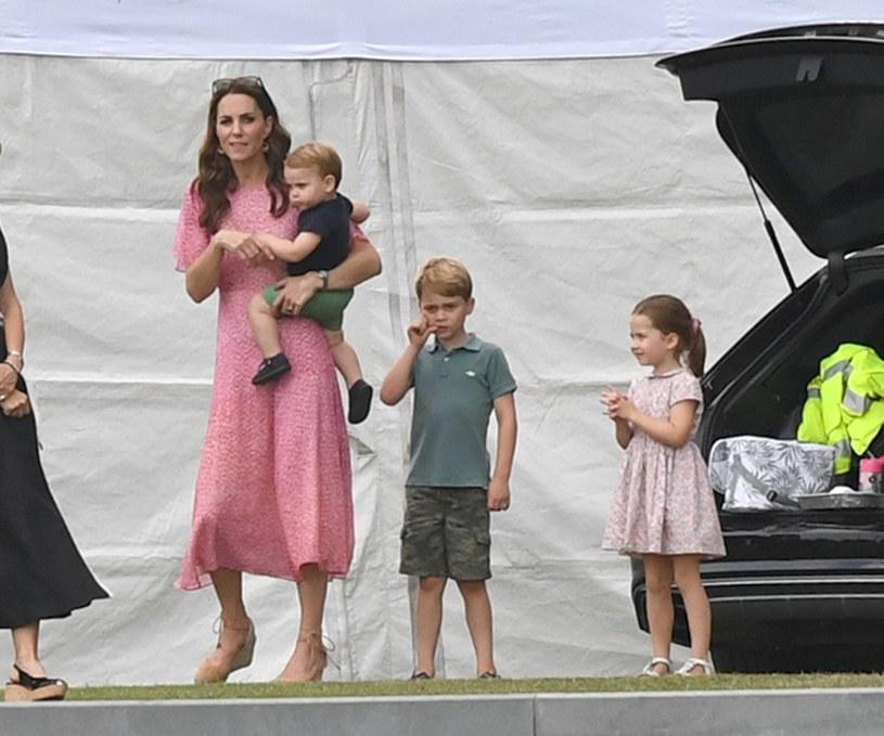 Kate z dziećmi /Splash News /East News
