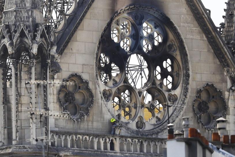 Katedra Notre Dame po pożarze /CHRISTOPHE PETIT TESSON /PAP/EPA