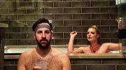 Katherine Heigl nago w wannie na 10. rocznicę ślubu