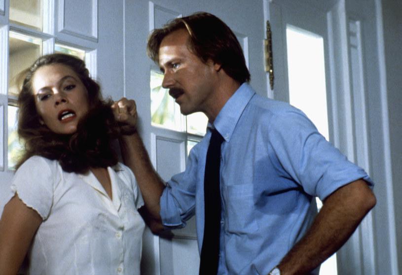 "Kathleen Turner i William Hurt w filmie ""Żar ciała"" /Sunset Boulevard/Corbis /Getty Images"