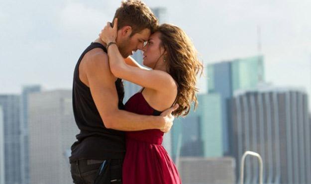"Kathryn McCormick i Ryan Guzman w filmie ""Step Up 4 Revolution"" /materiały dystrybutora"