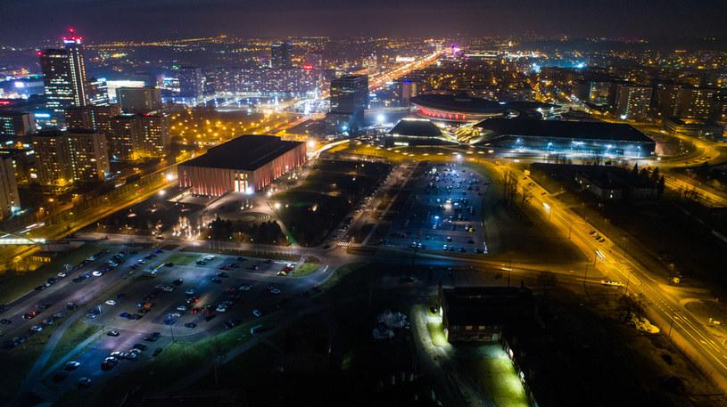Katowice nocą, zdj. ilustracyjne /Wojciech Wójcik /Agencja FORUM