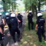 Katowice: Pseudokibice zatrzymani podczas starć z policją usłyszą dziś zarzuty