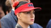 Katy Perry chce odebrać ziemię zakonnicom?