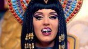"Katy Perry jako Kleopatra (klip ""Dark Horse"")"