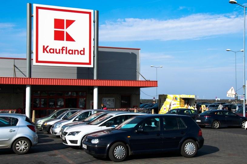 Kaufland posiada w Polsce 225 sklepów oraz zatrudnia ponad 15 000 pracowników (stan na styczeń 2021 r.). /123RF/PICSEL