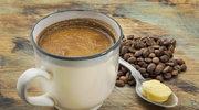 Kawa - czarna, z mlekiem, a może... masłem?