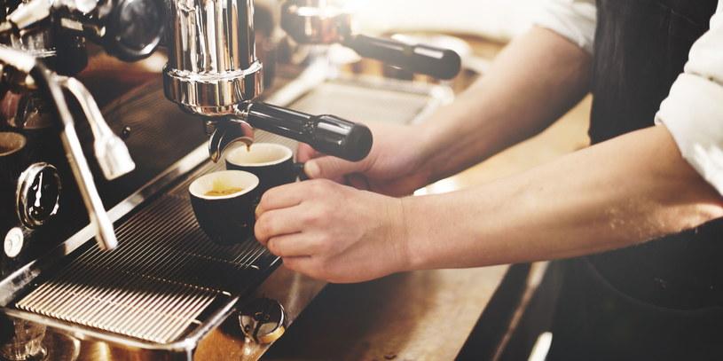Kawa jest cenna nie tylko ze względu na swoje walory smakowe /123RF/PICSEL