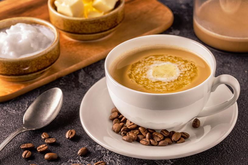 Kawa kuloodporna może posmakować nie tylko zwolennikom diety keto /123RF/PICSEL