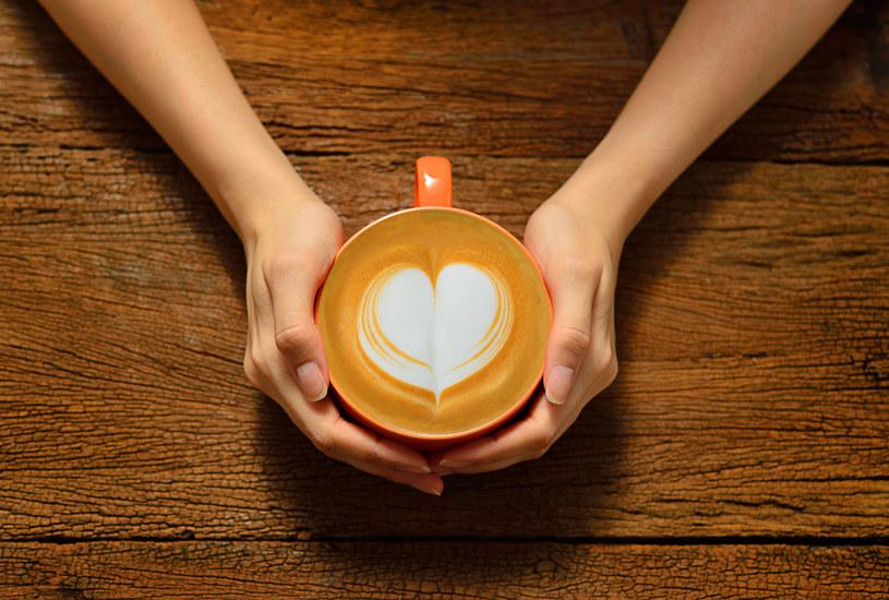 Kawa przy nadciśnieniu szkodzi - prawda czy mit? /123RF/PICSEL