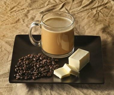Kawa z masłem na zwalczenie otyłości