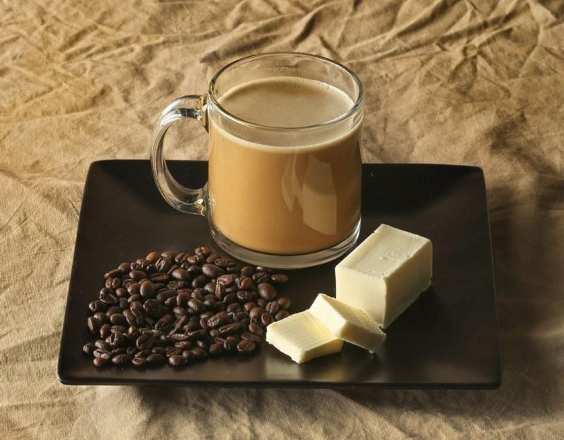 kawa z masłem /© Photogenica