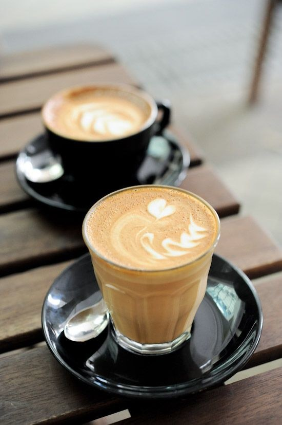 kawa z mlekiem /© Photogenica