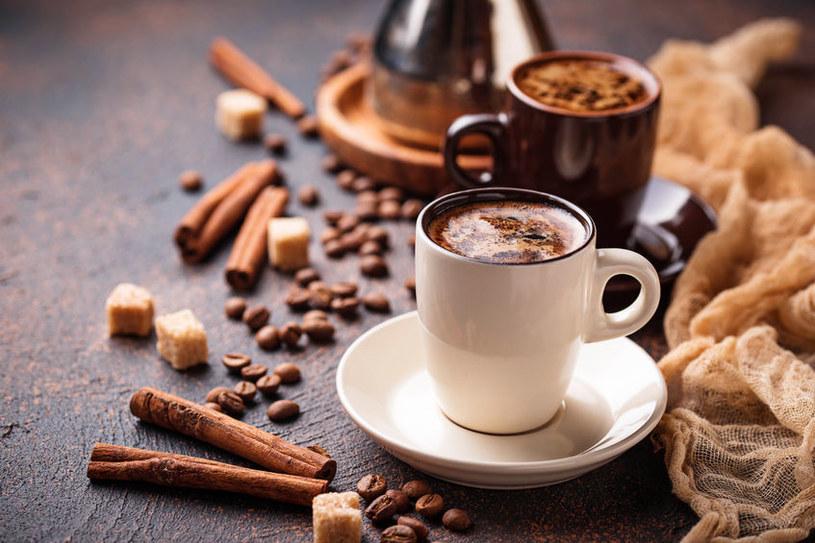 Kawa z przyprawami /©123RF/PICSEL