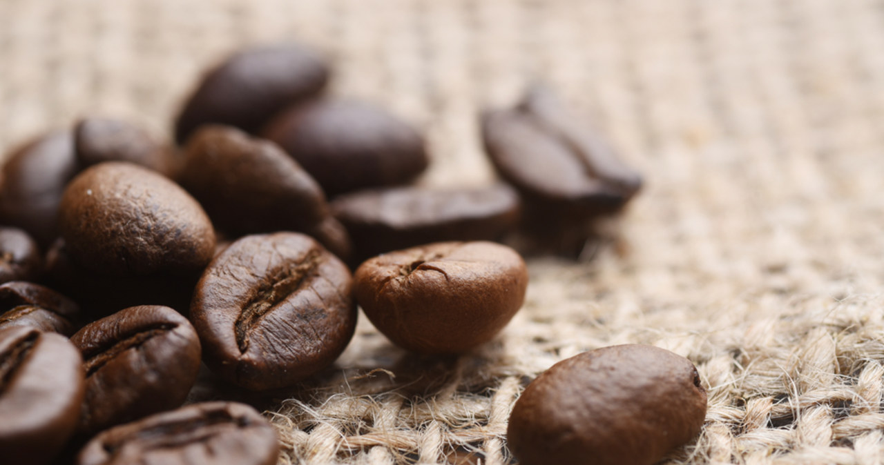 Kawa znĂłw droĹźeje. Znamy przyczyny