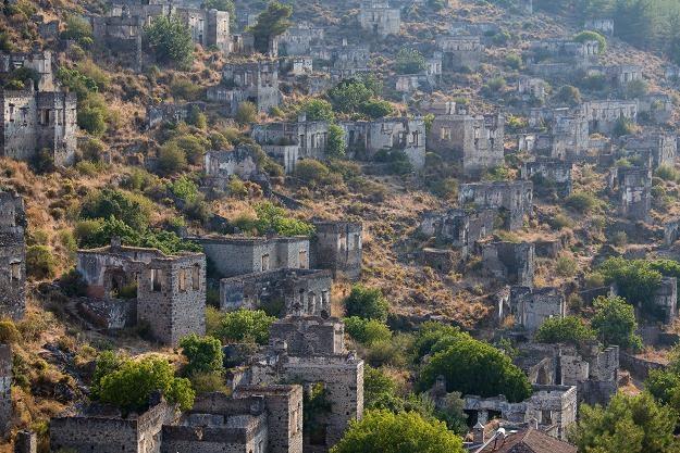 Kayaköy - to opuszczone miasto leży w południowo-zachodniej Turcji /©123RF/PICSEL