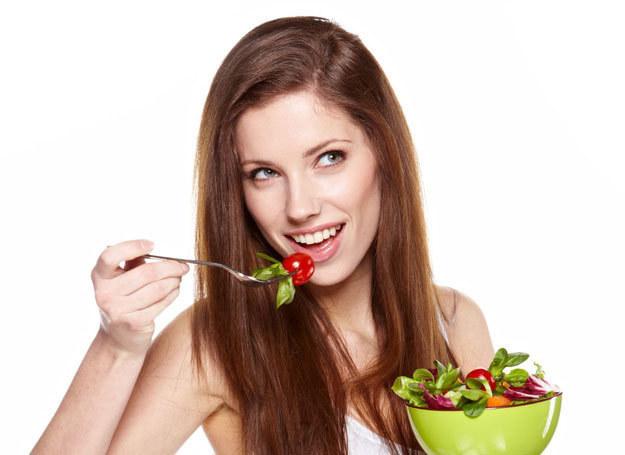Każda z nas może jeść zdrowiej /123RF/PICSEL