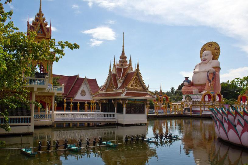 Każda ze świątyń ma swą symbolikę i rzeźby odzwierciedlające buddyjskie mity /123RF/PICSEL