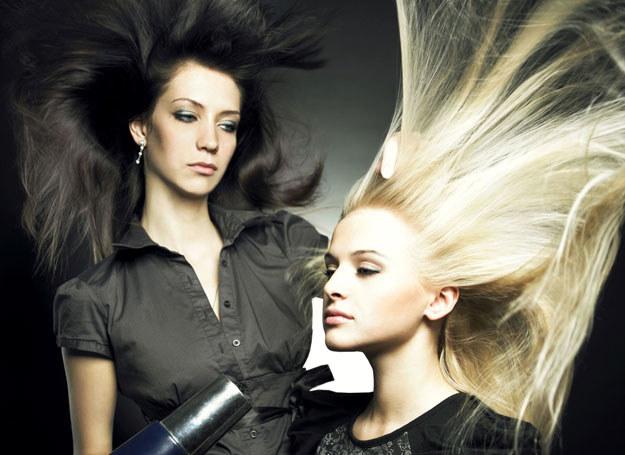 """Każde włosy, nawet te, których nam inni zazdroszczą, mają jakieś """"ale"""" /123RF/PICSEL"""