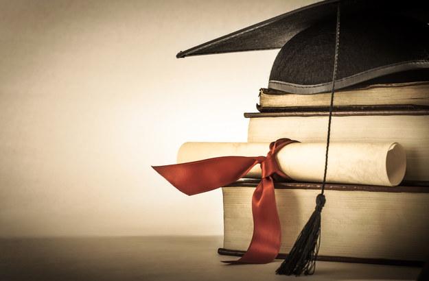 Każdego roku do doktoratu wdrożeniowego może przystąpić 500 doktorantów /123RF/PICSEL