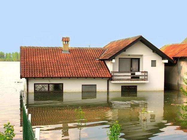 Każdy będzie mógł zobaczyć, czy jego dom znajdzie się dwa metry pod wodą /©123RF/PICSEL