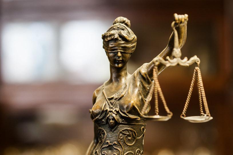 Każdy obywatel ma prawo do sprawiedliwego sądu /123RF/PICSEL