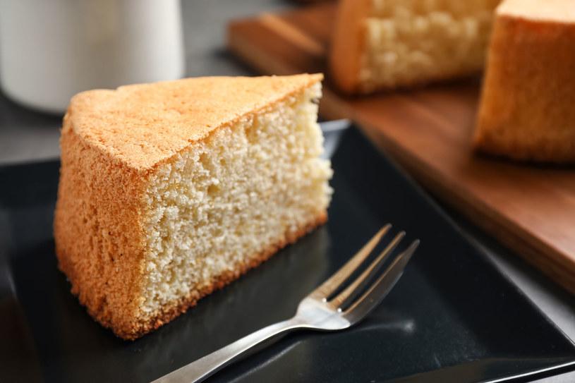 Każdy poradzi sobie z przygotowaniem tego deseru /123RF/PICSEL