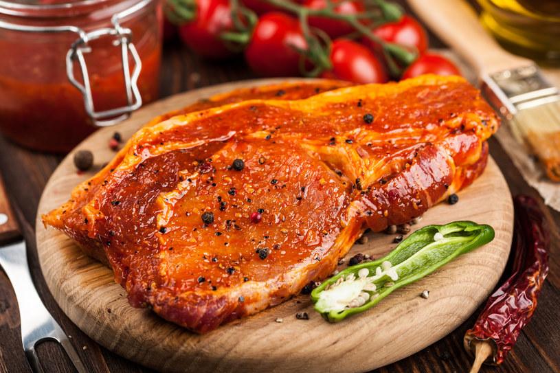 Każdy składnik marynaty do mięsa jest ważny