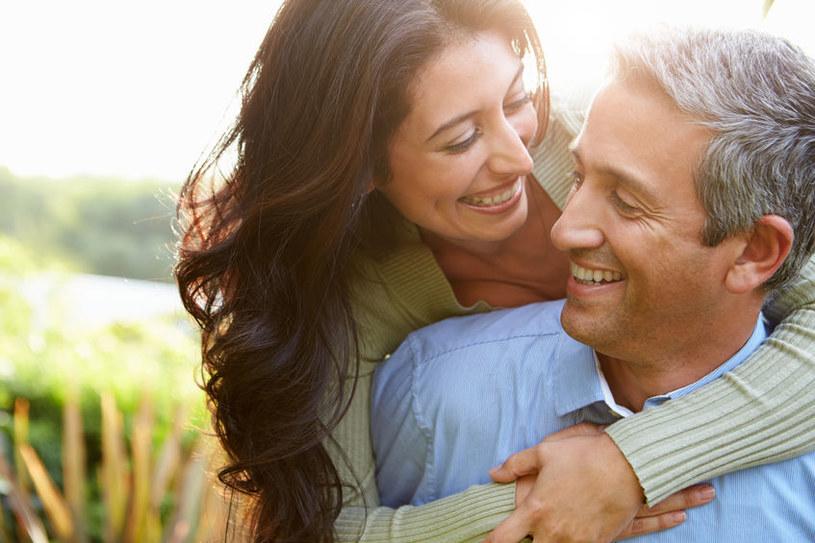 Każdy z nas ma szansę na udany związek /123RF/PICSEL