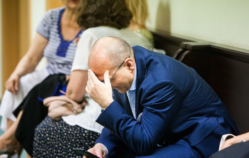 Kazimierz Marcinkiewicz przed rozwodową rozprawą sądową /East News