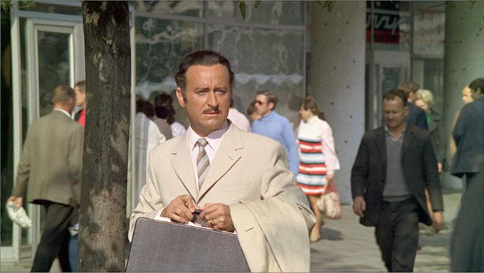 """Kazimierz Witkiewicz w filmie Tadeusza Chmielewskiego """"Nie lubię poniedziałku"""" (1971) /materiały prasowe"""