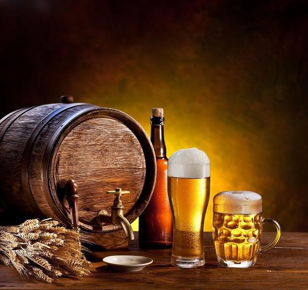KE chce aktualizacji przepisów w sprawie akcyzy od alkoholu /©123RF/PICSEL