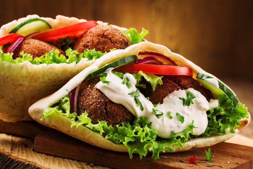 Kebab z domowym falafelem /123RF/PICSEL
