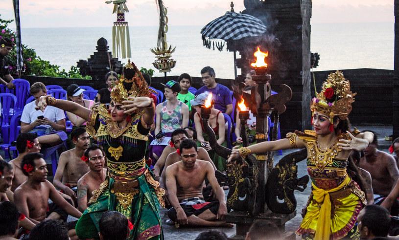 Kecak - tradycyjny taniec Bali /Agnieszka Łopatowska /Styl.pl