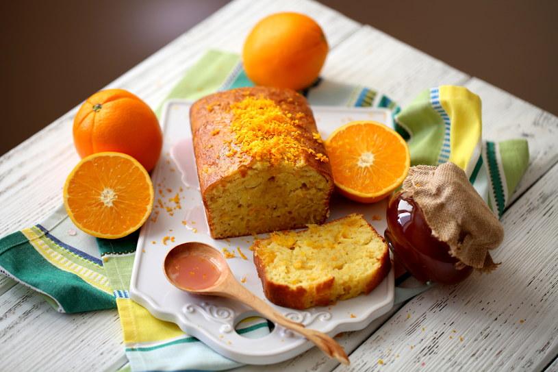 Keks z pomarańczą /123RF/PICSEL