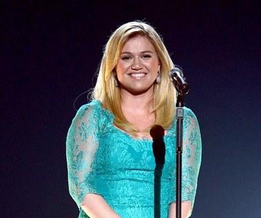 """Kelly Clarkson 13 lat po triumfie w """"Idolu"""""""