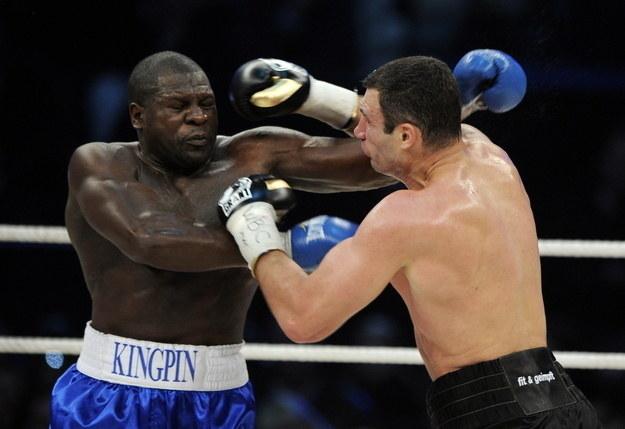 Kevin Johnson w przegranej walce z Witalijem Kliczko /AFP