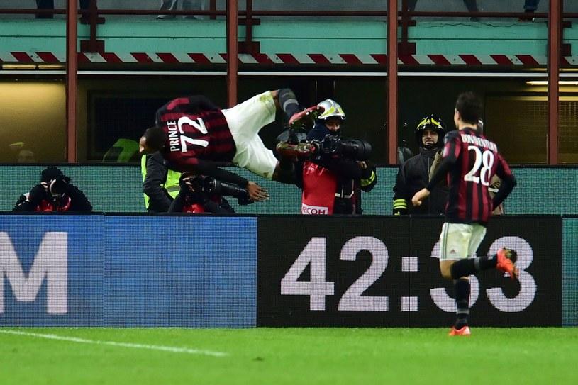 Kevin Pronce Boateng w AC Milan dał się poznać ze spektakularnego świętowania bramek /AFP