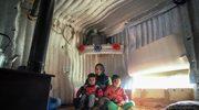 Khelfa, 24-letnia Syryjka, i jej synowie – 3-letni Laith i 5-letni Ahmed