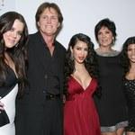Khloe Kardashian: Z brzydkiego kaczątka w seksowną kobietę!