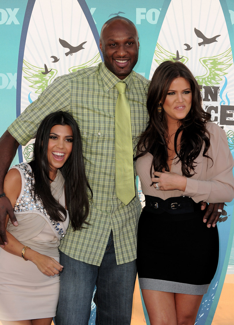 Khloe Kardashian z mężem i siostrą /Alberto E. Rodriguez /Getty Images