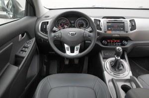 Kia Sportage 1.6 GDI L: w cztery lata po debiucie wnętrze Sportage nadal robi bardzo dobre wrażenie. /Motor