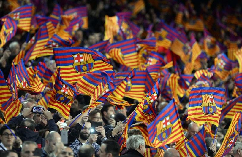 Kibice Barcelony mogli być oszukiwani przez klub /AFP