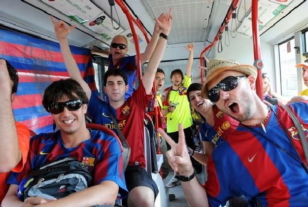 Kibice Barcelony raczej nie opłakują klęski swojego odwiecznego wroga /AFP