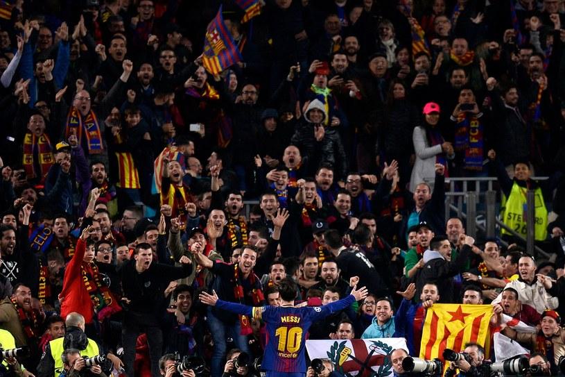 Kibice Barcelony /AFP