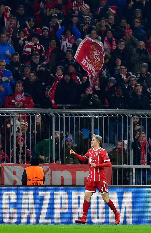 Kibice Bayernu Monachium czekają na powrót Roberta Lewandowskiego /AFP