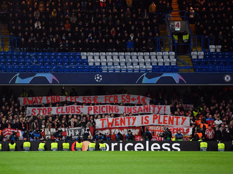 Kibice Bayernu Monachium protestowali przeciwko zbyt wysokim cenom biletów podczas spotkań Champions League /East News