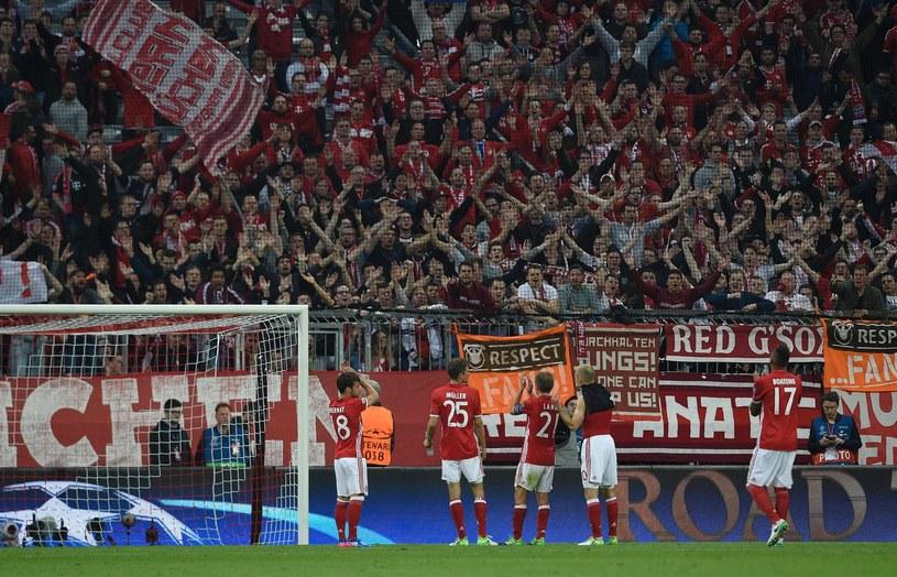 Kibice Bayernu na stadionie Allianz Arena /AFP
