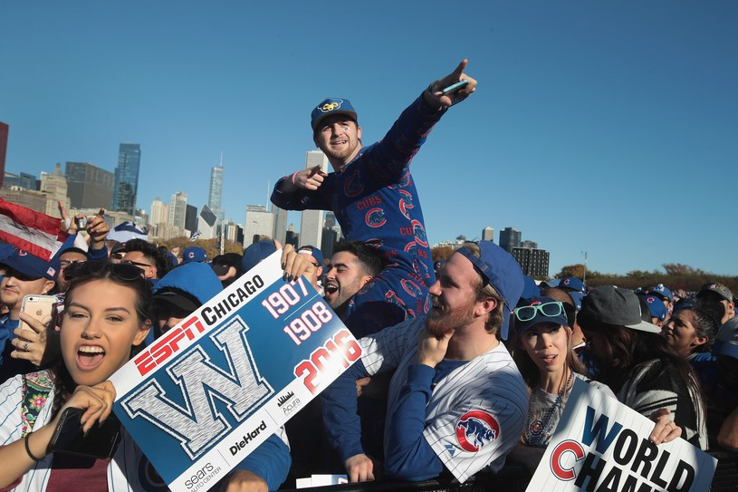 Kibice Chicago Cubs na paradzie /AFP